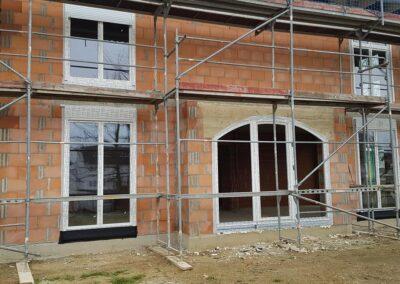 ilmi-bau.de I-Bau GmbH aus Wolfsburg   Hochbau   Tiefbau   Kanal- und Straßenbau   Haus- und Wohnungsbau - Schlüsselfertigbau   Glas und Gebäudereinigung   - ILMI-BAU.DE